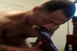 Xxx video togolais baiser par le chien